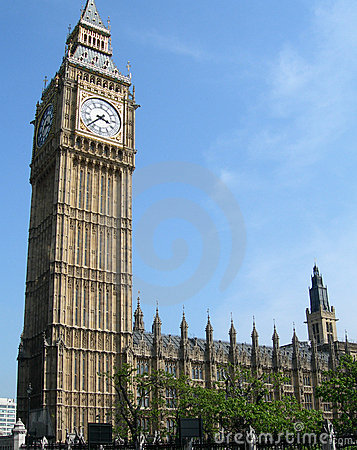 Big Ben tower in London, UK