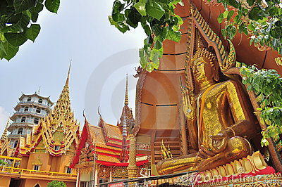 Big Buddha image at Tham Sua Temple