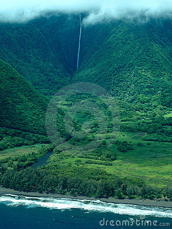Free Big Island Aerial Shot - Coast Waterfalls Royalty Free Stock Images - 1165469
