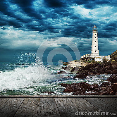 Free Big Ocean Wave, Lighthouse And Wood Pier Royalty Free Stock Photos - 39087918