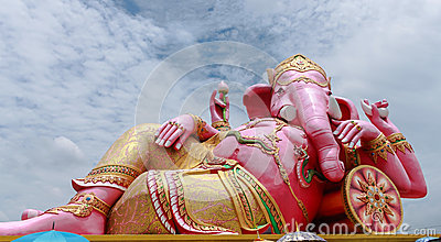 Big pink Ganesha in relaxed pose