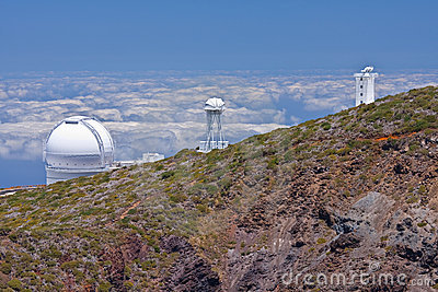 Big telescopes above the clouds at  La Palma