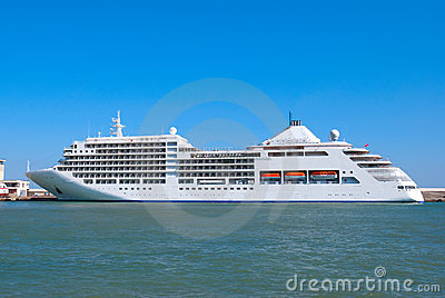 The big tourist liner