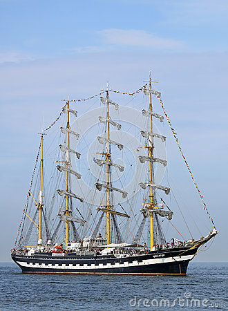 Free Big Traditional Sailing Ship 02 Stock Photo - 33102530
