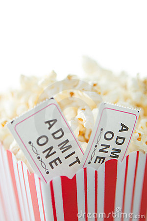 Biglietti di film e del popcorn