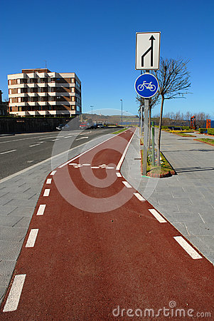 Bike lane without traffic
