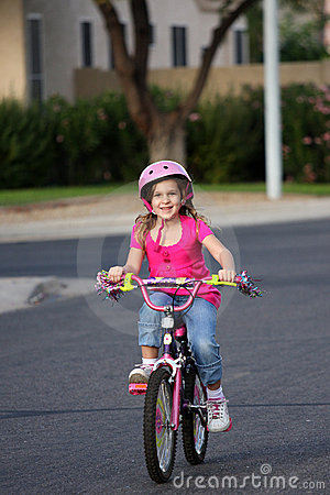 Free Bike Riding Royalty Free Stock Image - 9698706