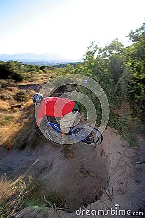Biker jumps extreme gap