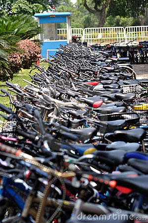 Free Bikes Parked Royalty Free Stock Photography - 14136267