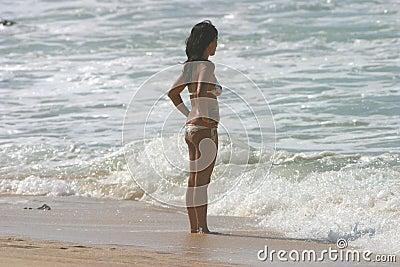 Bikini flickaktigt