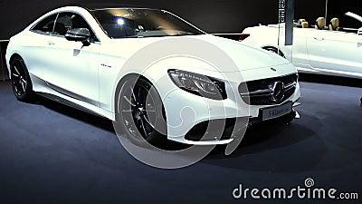 Bil för lyx för Mercedes-Benz S-grupp kupé lager videofilmer