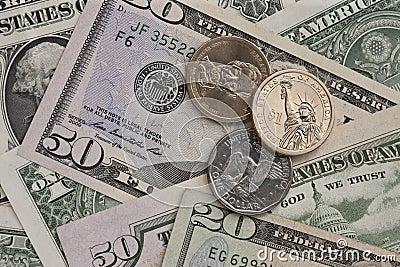 Billetes de banco y monedas