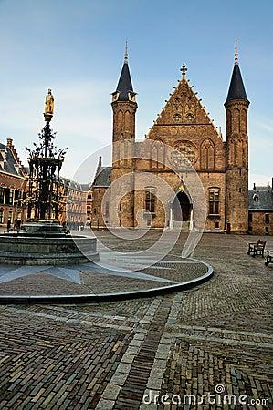 Free Binnenhof, The Hague Stock Photo - 17124070
