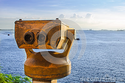 Binoculars on the roof to the sea