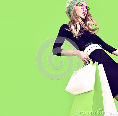Free Bio Shopping Fashion Girl Royalty Free Stock Photos - 44645468