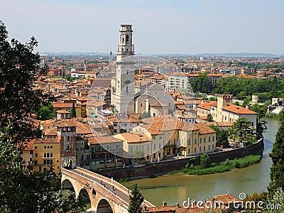 Birdview of Verona