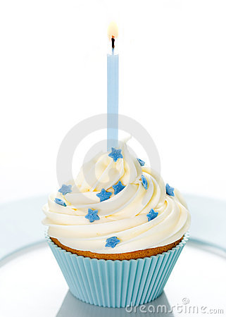 Free Birthday Cupcake Royalty Free Stock Images - 8383469