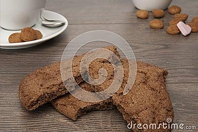 Biscuit pieces