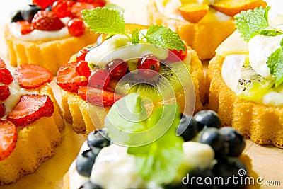 Biscuit tarts
