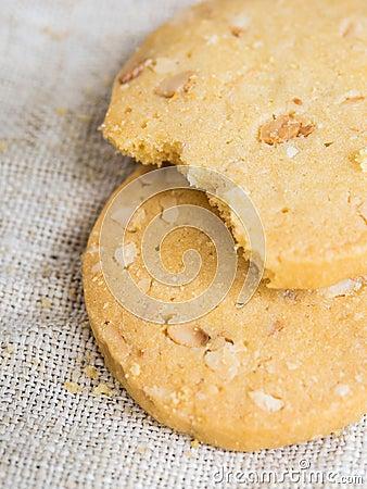 Bitten cookies