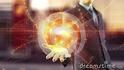 Biznesmena chwyt nad ręki globalną cyfrową siecią zdjęcie wideo