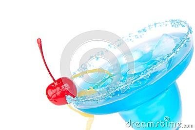 Błękitny zbliżenia koktajlu napoju margarita