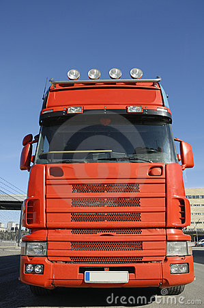 Blå stor röd skylastbil