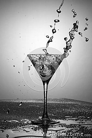 Free Black And White Martini Royalty Free Stock Image - 23638966