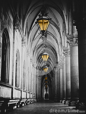 Free Black And White Picture Of City Hall Corridor With Lanterns And Pillars In Vienna Rathaus Royalty Free Stock Photo - 66963675