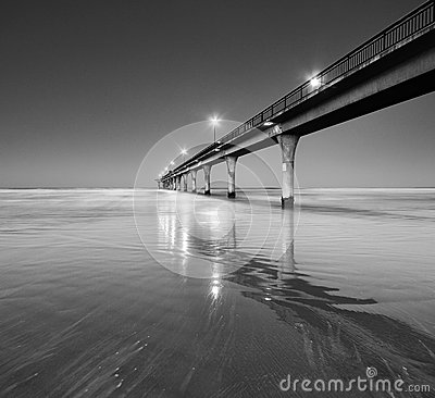 Free Black And White Seascape And Pier In New Brighton Beach Stock Photography - 42669112