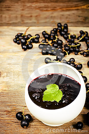 Free Black Currants Jam Royalty Free Stock Photography - 42665657
