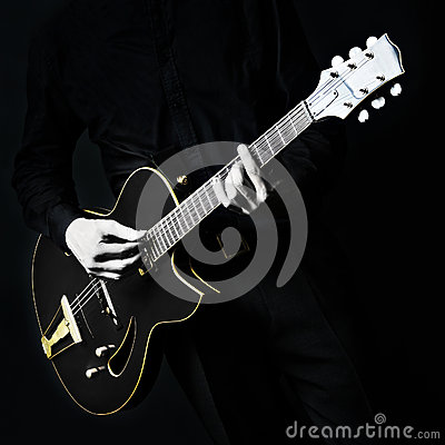 Free Black Electric Guitar Royalty Free Stock Photos - 29639448