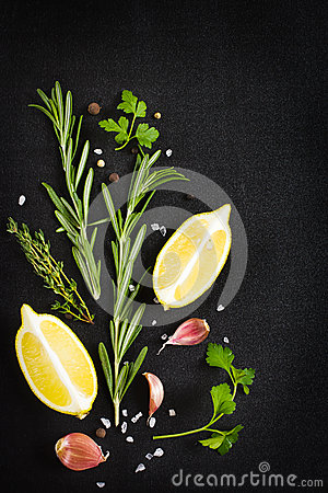 Free Black Food Background With Fresh Aromatic Herbs And Spices, Copy Royalty Free Stock Photo - 47770365