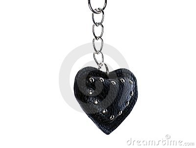 Black heart fixed by chain