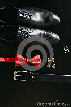 Free Black Man`s Shoes, Cufflinks, Wedding Rings, A Black Belt And A Stock Photos - 90116803