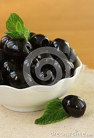 Free Black Olives Close Up Stock Photo - 23903300