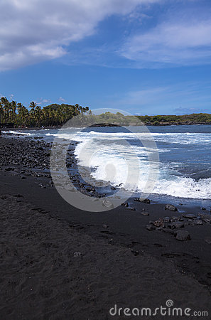 Black sand beach at Punalu u state park