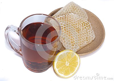 Black tea, lemon and honey