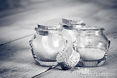 Black & White Bath Salts