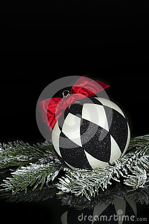 Free Black White Christmas Ornament 2 Royalty Free Stock Photos - 35799388