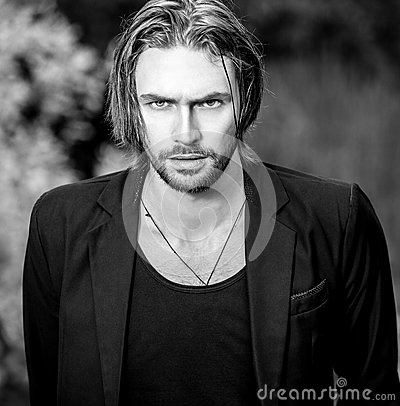 Free Black-white Outdoor Portrait Of Elegant Long Hair Handsome Man Royalty Free Stock Photo - 80770725