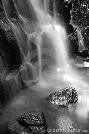 Free Black & White Waterfall Stock Photos - 9816253