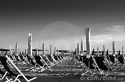 Black and withe landscape of a organized beach
