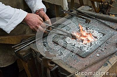 Blacksmith przy pracą