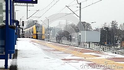 blanes τραίνο σταθμών της Ευρώπης Ισπανία πόλεων απόθεμα βίντεο