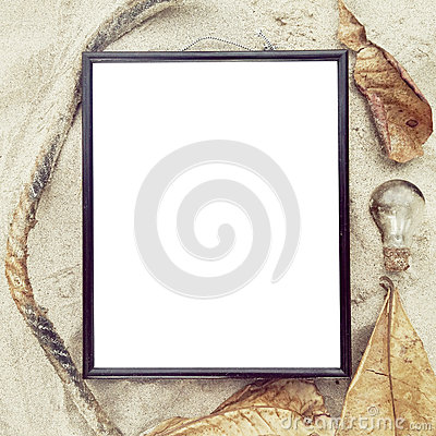 Free Blank Frame Top View At Sand Beach Royalty Free Stock Photos - 68298758
