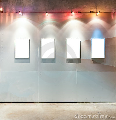 Free Blank Frames On The Wall Royalty Free Stock Photos - 21046098