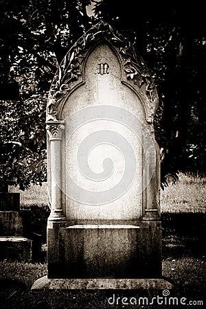 Free Blank Headstone Royalty Free Stock Photo - 32025685