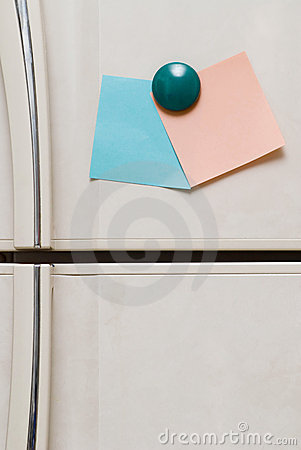 Free Blank Notes On Fridge Stock Photography - 2259322