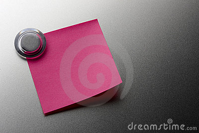 Blank pink stickie